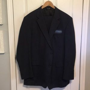 JOSEPH A BANKS NAVY 2 PIECE SUIT